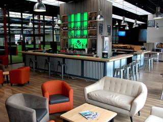 Le Bar du Soccer Rennais – Rennes - 2016 Bars & clubs modernes par Contraste Intérieur Moderne