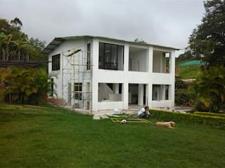 Country style houses by EcoDESING S.A.S DISEÑO DE ESPACIOS CON INGENIO Country