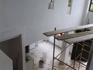 Country style corridor, hallway& stairs by EcoDESING S.A.S DISEÑO DE ESPACIOS CON INGENIO Country