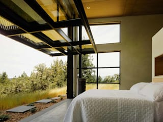 Healdsburg I: modern Bedroom by Feldman Architecture