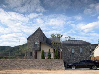 숨숨집: 건축사사무소 재귀당의  주택