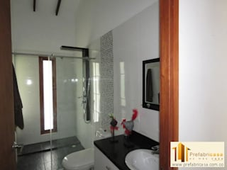 PREFABRICASA Modern style bathrooms