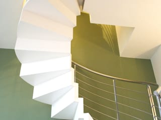 Modern living room by Architetto Luigi Pizzuti Modern
