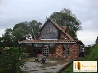 Casas modernas de PREFABRICASA Moderno