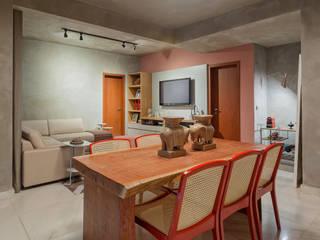 Industrial style dining room by Jacqueline Ortega Design de Ambientes Industrial
