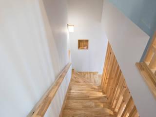 Hành lang by 건축사사무소 재귀당