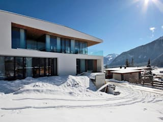Casas de estilo  por BESTO ZT GMBH_ Architekt DI Bernhard Stoehr,
