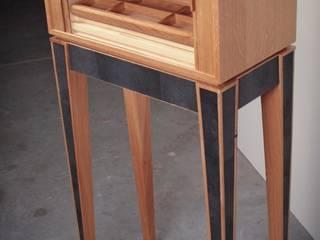 Mobilier de collection par A. Lacker - Woodtrack Moderne