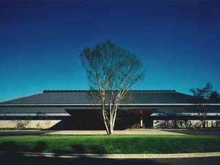 袖ヶ浦カンツリークラブ: Mアーキテクツ|高級邸宅 豪邸 注文住宅 別荘建築 LUXURY HOUSES | M-architectsが手掛けた家です。