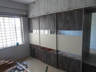 RamKumar White Field:  Bedroom by Blue Interiors