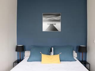PARIS 6 Chambre moderne par InDé - créateurs d'identités Moderne