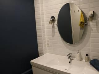 PARIS 6 Salle de bain moderne par InDé - créateurs d'identités Moderne