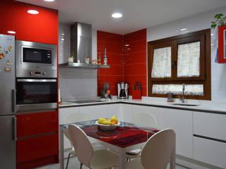 Cozinhas modernas por Estudio de Cocinas Musa Moderno
