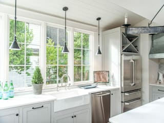 Colonial style kitchen by Christopher Architecture & Interiors Colonial