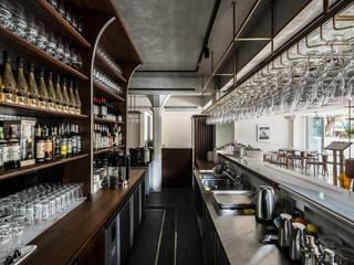 Bar & Klub Modern Oleh 鄭士傑室內設計 Modern