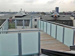 Балкон и терраса в стиле модерн от Architekturbüro Prell und Partner mbB Architekten und Stadtplaner Модерн