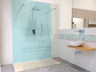 Baño minimalista turquesa: Oficinas y Tiendas de estilo  de Integralium