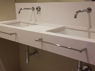 Lavabo doble blanco: Baños de estilo  de Integralium