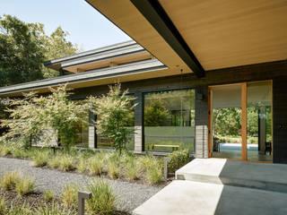 Portola Valley Ranch:  Gym by Feldman Architecture