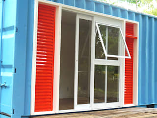 Windows by Casa Container Marilia - Arquitetura em Container, Eclectic