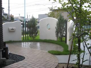 エクステリアモミの木 | エクステリア&ガーデンデザイン専門店 Taman Gaya Eklektik