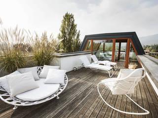 Moretti MORE Modern terrace