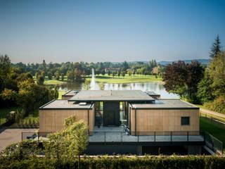 Modern houses by Moretti MORE Modern