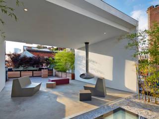 Hiên, sân thượng theo SA-DA Architecture, Hiện đại
