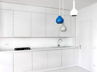 CASA S. GROSSETO Cucina minimalista di OKS ARCHITETTI Minimalista