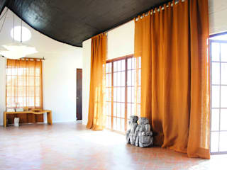 Casa Clemente - Juan Carlos Loyo Arquitectura Pasillos, vestíbulos y escaleras modernos de Juan Carlos Loyo Arquitectura Moderno