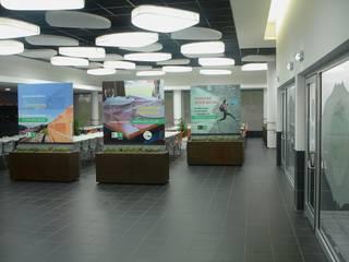 Cantina da FEUP: Escolas  por Área77 - arquitectura, engenharia e design, lda,Moderno