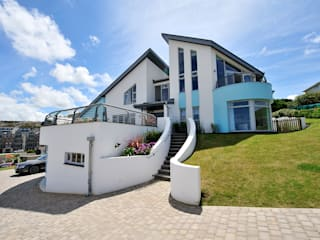 Sea House, Porth | Cornwall Perfect Stays Rumah Gaya Eklektik