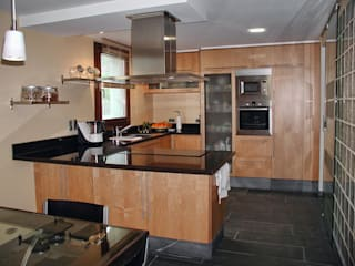 Cocinas de estilo  por Intra Arquitectos