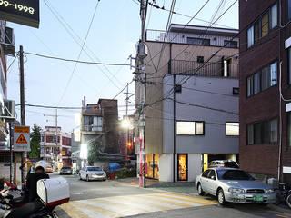 상봉동 상가주택: 비온후풍경 ㅣ J2H Architects의  주택