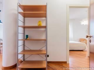 Vivere lo Stile Pasillos, vestíbulos y escaleras modernos