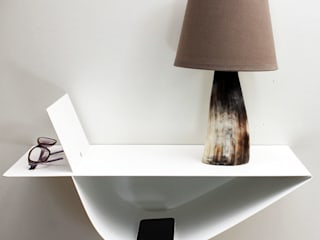 Table de chevet suspendue Zen blanche:  de style  par objectal.fr
