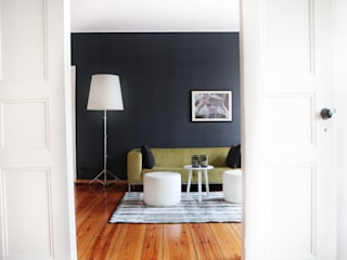 Salas / recibidores de estilo  por THE INNER HOUSE,
