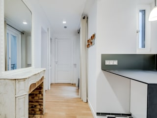 ATELIER FB Ingresso, Corridoio & Scale in stile moderno