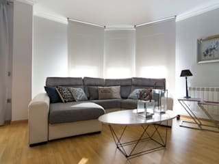 Modern Living Room by MIMESIS INTERIORISMO Modern