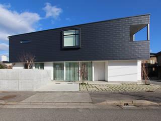 H house 「久安の家」: MAG + 宮徹也建築計画が手掛けた家です。
