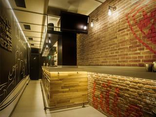 La Santa Caña - Vista general: Bares y Clubs de estilo  de WAS-Studio