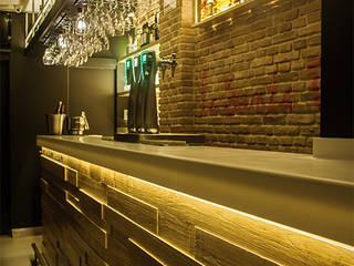 La Santa Caña - Barra: Bares y Clubs de estilo  de WAS-Studio