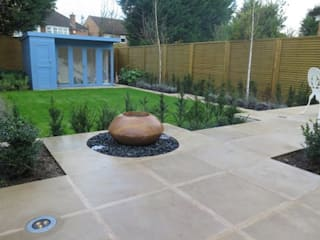 Small Garden Design:   by Concept Landscape Architects