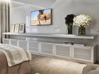 Modern style bedroom by Alessandra Contigli Arquitetura e Interiores Modern