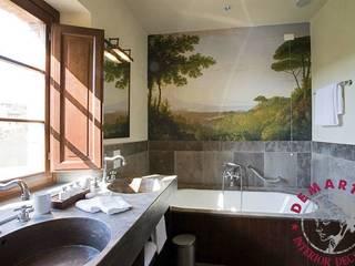 Decorazione parete bagno:  in stile  di Demart Interior Decoration