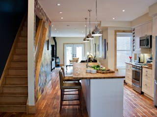 Brock Street Renovation Modern kitchen by Solares Architecture Modern