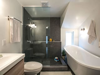 SV Residence:  Bathroom by Unit 7 Architecture