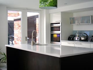 Extension South Belfast:  Kitchen by Jim Morrison Architects