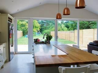 Extension Gilnahirk Belfast:  Kitchen by Jim Morrison Architects