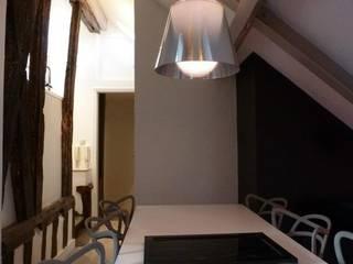 Séjour: Salon de style  par Jérome Picarat Architecte